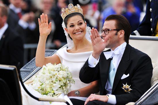 Công chúa Thụy Điển diện đầm cưới hoành tráng - 11