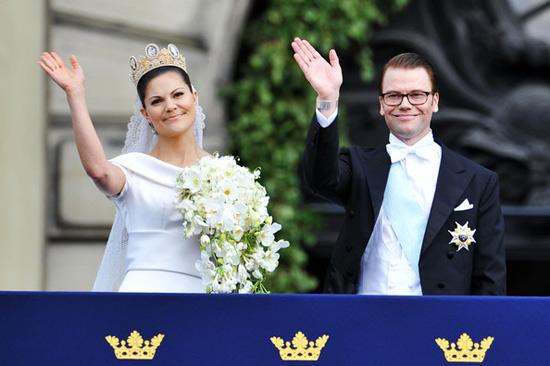 Công chúa Thụy Điển diện đầm cưới hoành tráng - 14