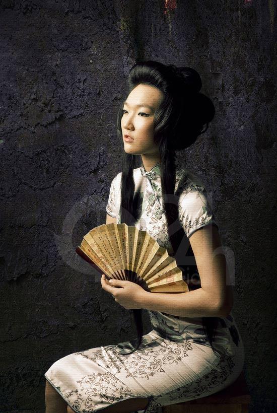 Thiếu nữ Việt làm duyên bằng xường xám - 12