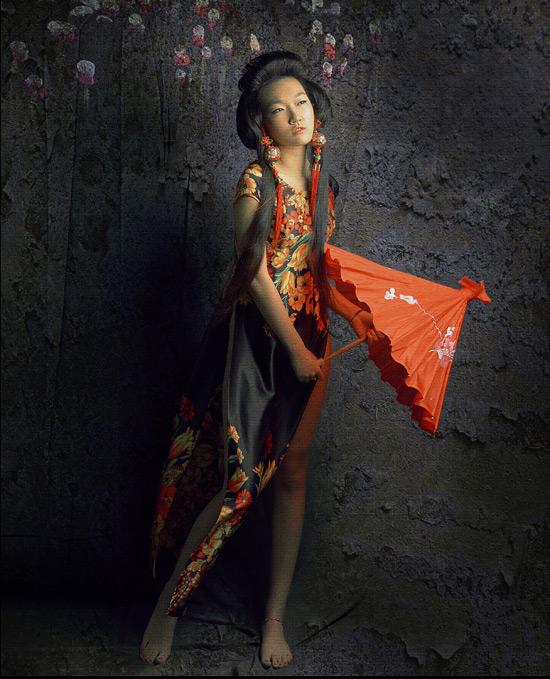Thiếu nữ Việt làm duyên bằng xường xám - 3