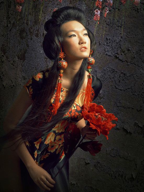 Thiếu nữ Việt làm duyên bằng xường xám - 1