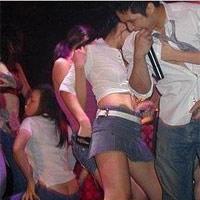 Nghiện 'tiền boa' ở vũ trường