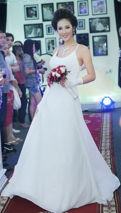 Cô dâu xinh với phong cách Kenny Thái - 2