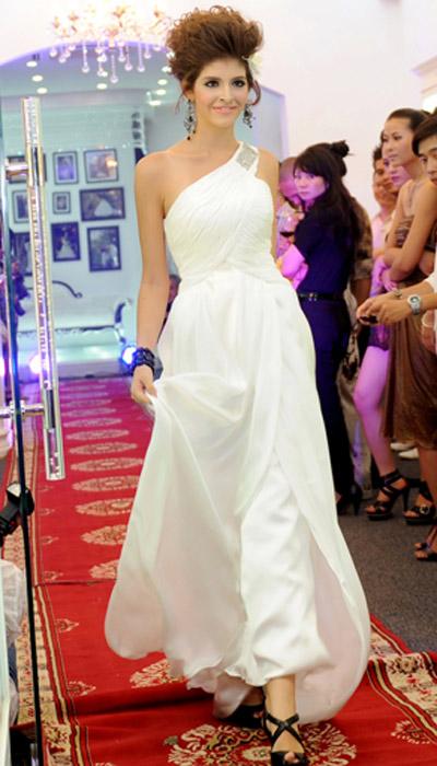 Cô dâu xinh với phong cách Kenny Thái - 7