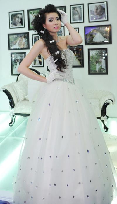 Cô dâu xinh với phong cách Kenny Thái - 8