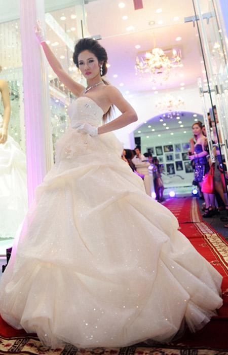 Cô dâu xinh với phong cách Kenny Thái - 13
