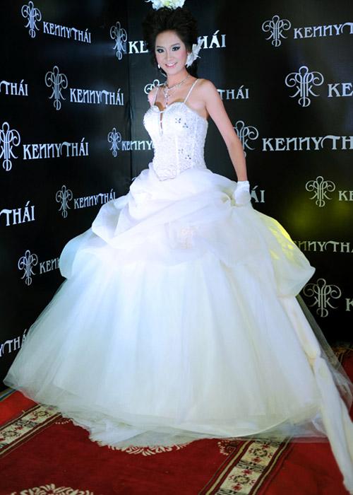Cô dâu xinh với phong cách Kenny Thái - 11