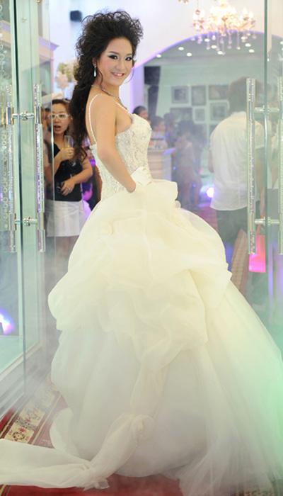 Cô dâu xinh với phong cách Kenny Thái - 12