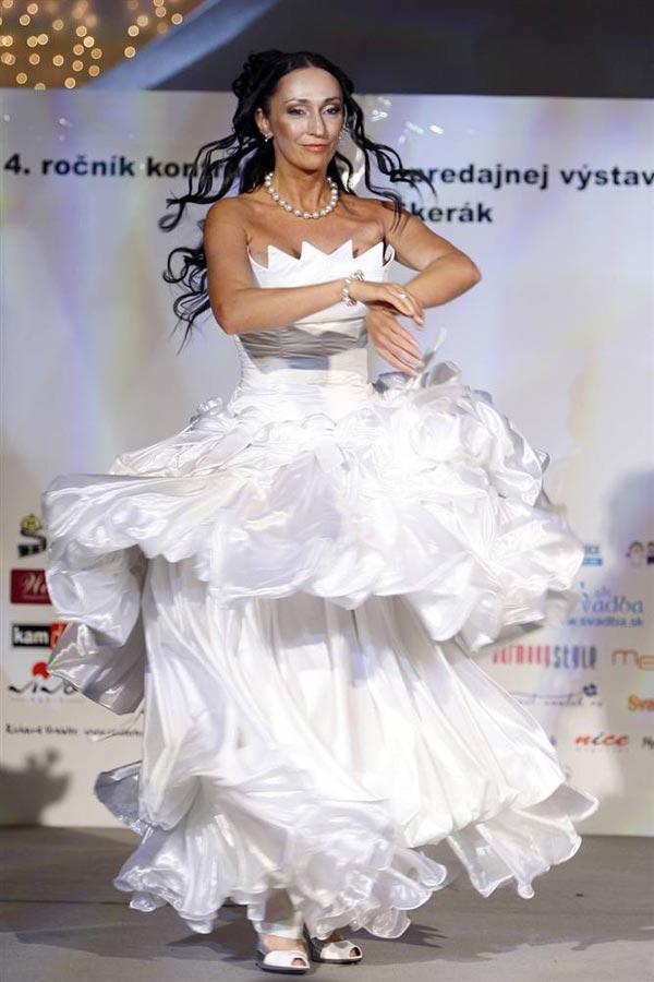 20 chiếc váy cưới độc và lạ nhất thế giới - 11