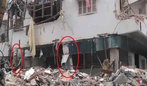 Vụ sập nhà 5 tầng: Sơ tán chung cư bên cạnh - 1
