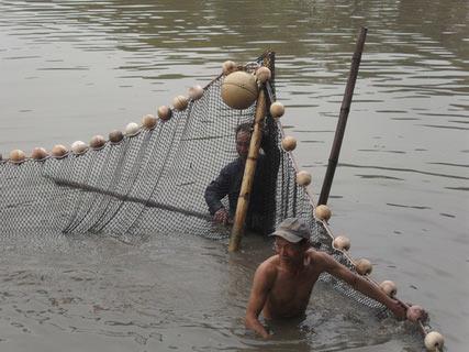 Chùm ảnh: Diễn tập nước rút bắt Cụ Rùa - 11