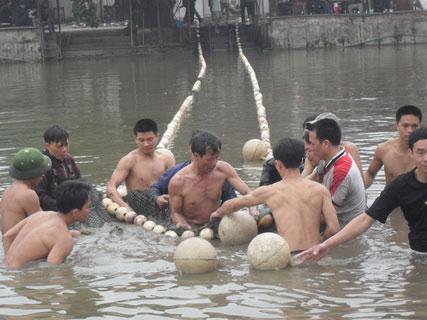 Chùm ảnh: Diễn tập nước rút bắt Cụ Rùa - 2