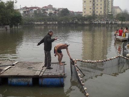 Chùm ảnh: Diễn tập nước rút bắt Cụ Rùa - 7