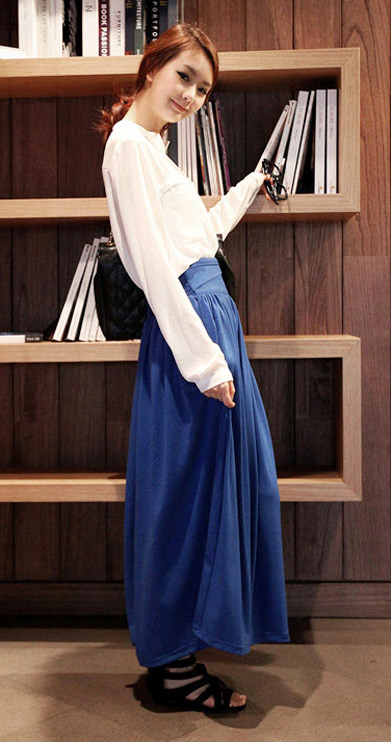 Sơ mi + váy = Cô nàng công sở hoàn hảo - 12