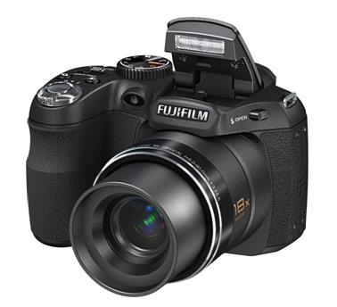 Sở hữu máy ảnh siêu zoom Fujifilm S1800 giá siêu rẻ 4.149.000vnđ - 2