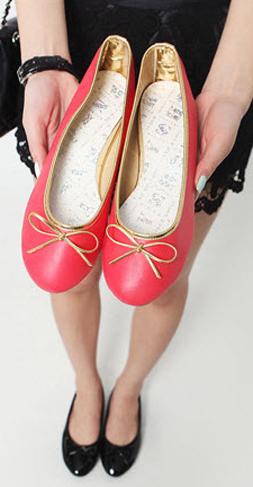 Xuống phố duyên dáng với giày búp bê - 24