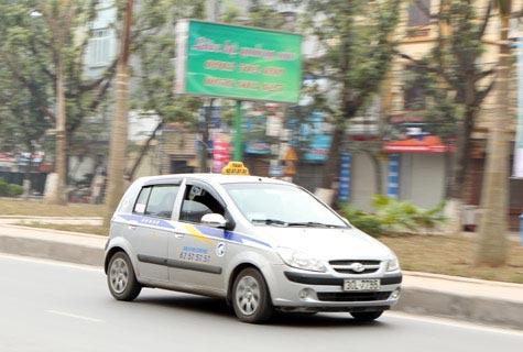 Taxi Hà Nội bắt đầu tăng giá - 1
