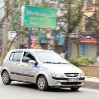 Taxi Hà Nội bắt đầu tăng giá
