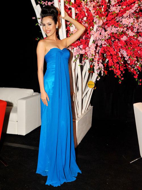 13 chiếc váy đẹp nhất mùa xuân của sao Việt - 6