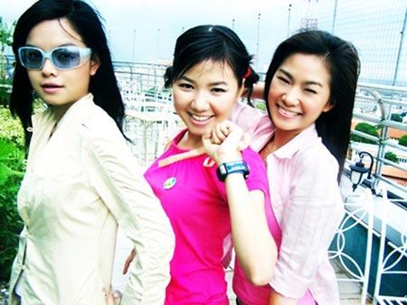 Ca sĩ Việt lận đận tách nhóm solo - 3