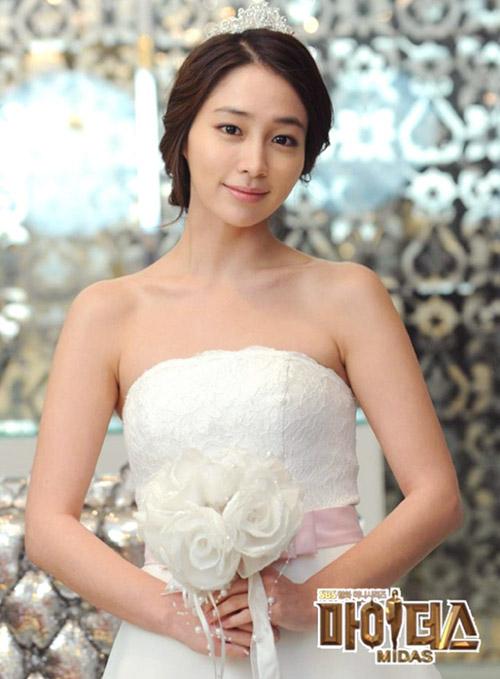 Sao Hàn nào diện váy cưới lộng lẫy nhất? - 2