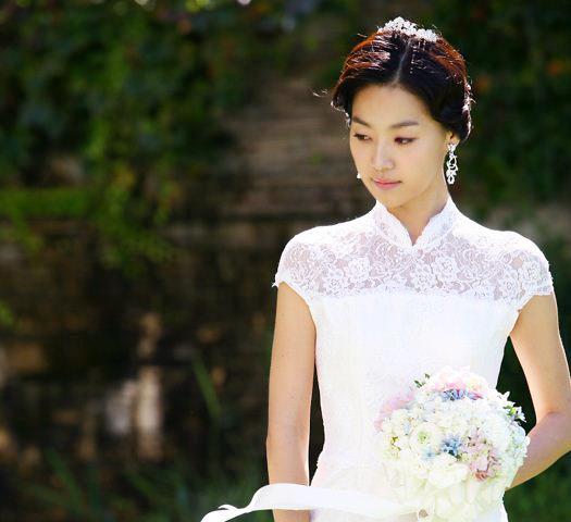 Sao Hàn nào diện váy cưới lộng lẫy nhất? - 12