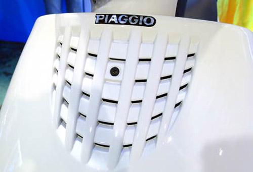 Piaggio Zip 100 giá rẻ sắp ra mắt - 4
