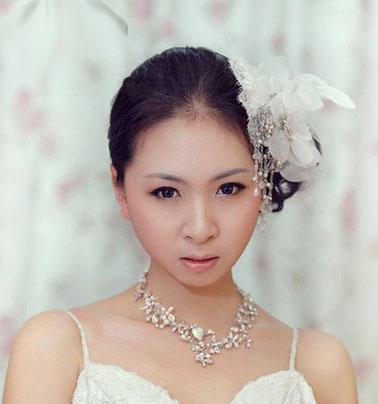 10 kiểu tóc tuyệt vời dành cho cô dâu - 3