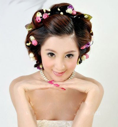 10 kiểu tóc tuyệt vời dành cho cô dâu - 4