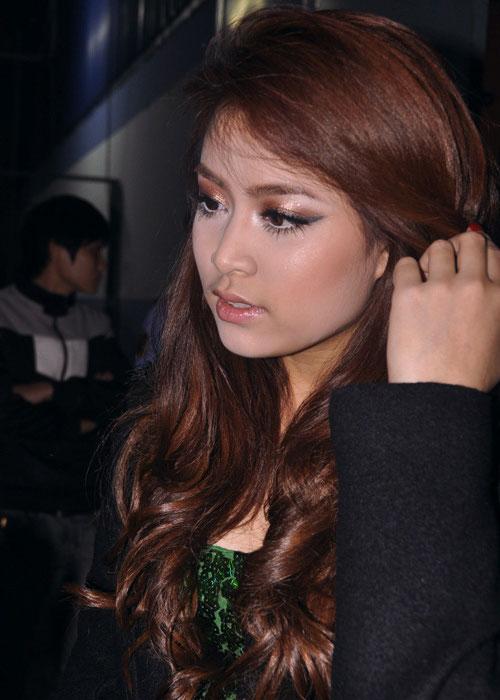 Hoàng Thùy Linh: Lời nguyền hot girl và scandal - 3