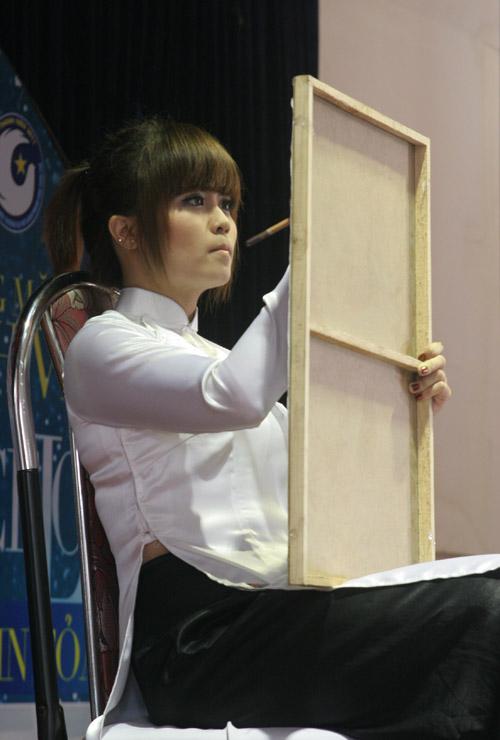 Ấn tượng năng khiếu của các thí sinh Facelook 2011 - 11