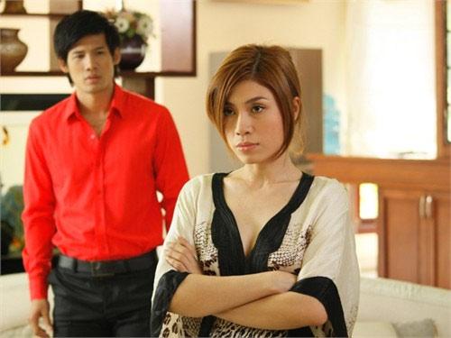 Uyên Trang không thích cặp kè đại gia - 2
