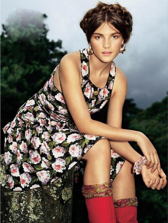 10 mẫu váy hoa kiều diễm để đón hè - 4