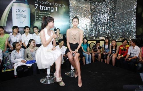 Phong cách thời trang Tăng Thanh Hà - 5