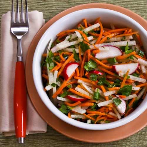 Salad củ đậu cà rốt thật mát - 7