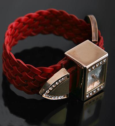 Đồng hồ cho nữ văn phòng sành điệu - 9