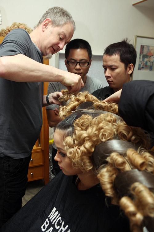 Hà Anh gây sốc với mái tóc cực độc - 10