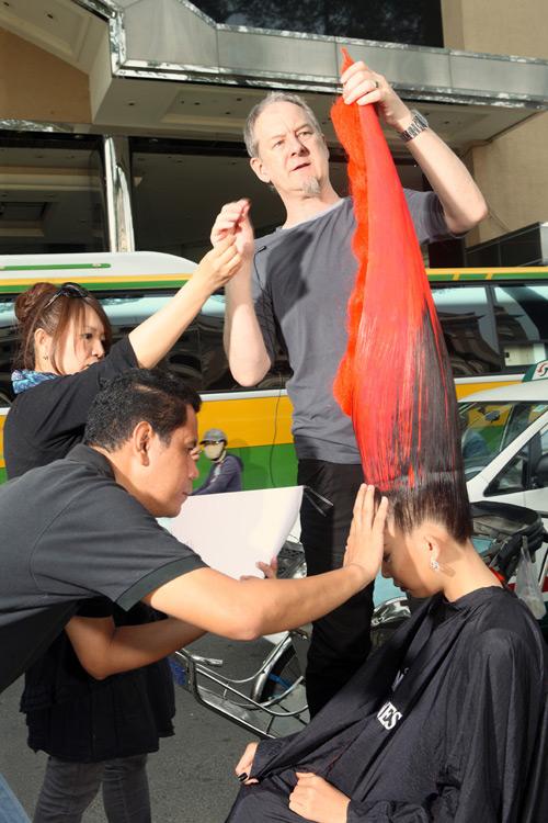 Hà Anh gây sốc với mái tóc cực độc - 13
