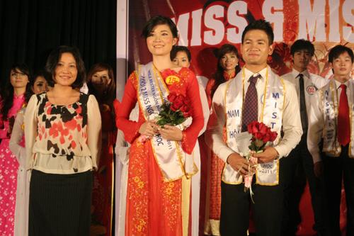 Sắc màu Việt - Trung trong đêm chung kết Miss & Mr Ngôn ngữ 2011 - 16