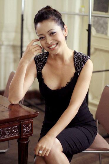 Jennifer Phạm đang chờ đợi để yêu - 4