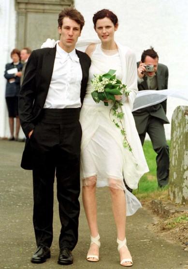Ngắm những bộ váy cưới đẹp nhất thế giới - 15
