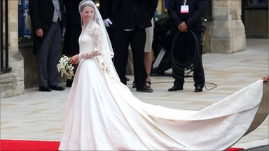 Lộ diện váy cưới được mong đợi nhất thế giới - 6