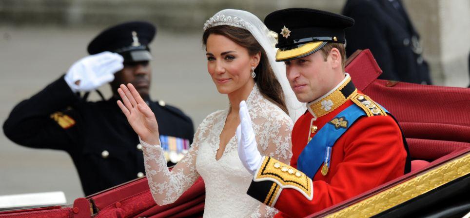 Lộ diện váy cưới được mong đợi nhất thế giới - 9