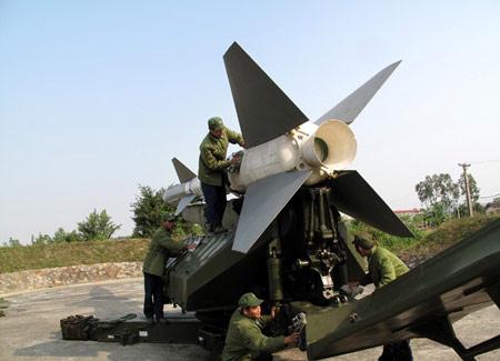 Chùm ảnh: Bộ đội Việt Nam bắn tên lửa - 1