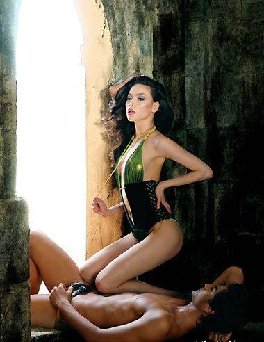 Sao Việt khoe dáng nóng bỏng với bikini - 17