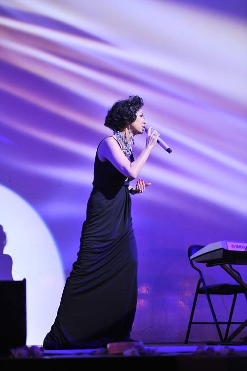 Ý Lan: Bà ngoại hát… Rock - 11
