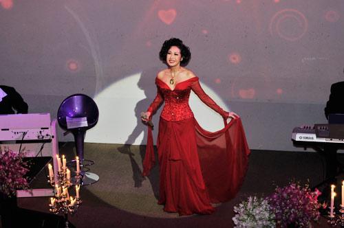 Ý Lan: Bà ngoại hát… Rock - 7