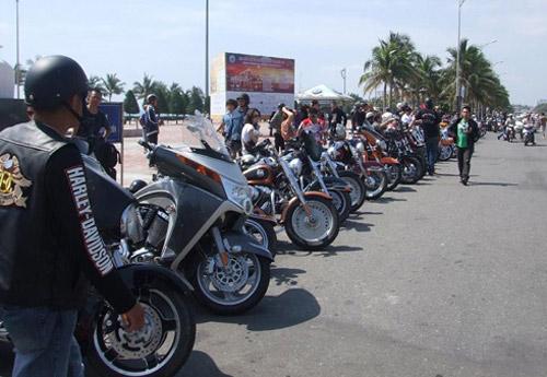 """Dàn môtô """"khủng"""" quần tụ tại Đà Nẵng - 1"""