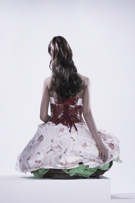 Váy giấy đẹp như mơ của sao Hàn - 3