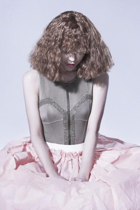 Váy giấy đẹp như mơ của sao Hàn - 7